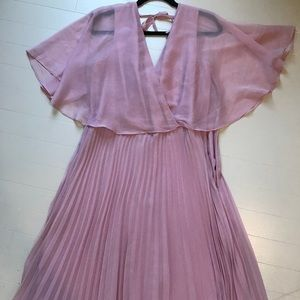 Midi dress with fluttered sleeve and pleated skirt